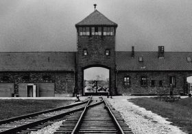 Understanding Auschwitz – Imagineear Partners with Musealia